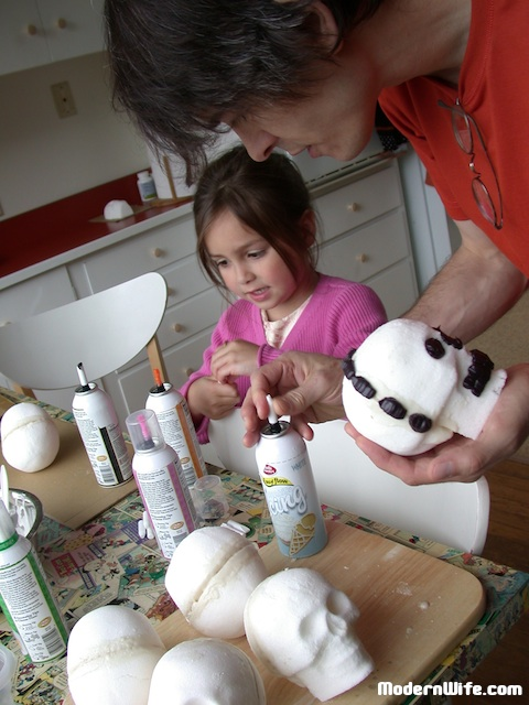 sugar skulls assembly and decorating
